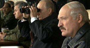 Лукашенко не мешает аннексии. Стоит ли беларусам ждать оккупации?