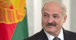 Власти Беларуси начали задабривать народ перед выборами
