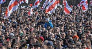 Как «холодильник» договорился с «телевизором». Почему беларусы не готовы протестовать