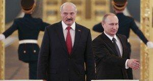 Бьет, значит любит. К чему толкает Беларусь экономическое давление России